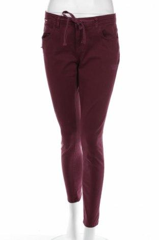 Damskie spodnie Motivi
