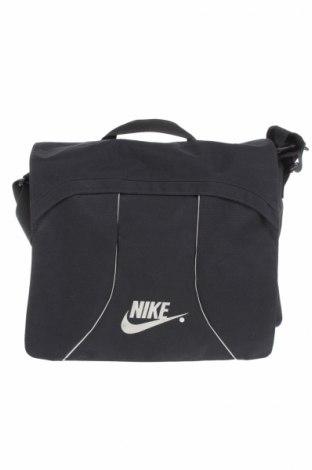 Спортна чанта Nike