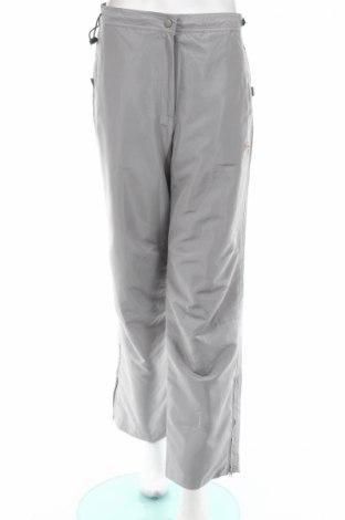 Дамски спортен панталон Body Style
