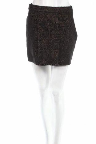 Пола Kiabi, Размер S, Цвят Черен, Цена 7,18лв.