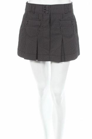 Пола S.Oliver, Размер XS, Цвят Черен, 86% памук, 11% полиестер, 3% еластан, Цена 5,13лв.