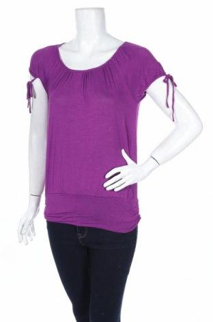 Дамска блуза To Be Famous, Размер M, Цвят Лилав, 95% вискоза, 5% еластан, Цена 4,46лв.