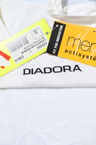 Мъжки потник Diadora, Размер S, Цвят Бял, Полиамид, Цена 9,50лв.