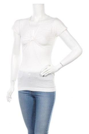 Дамска блуза Armani Exchange, Размер S, Цвят Бял, 94% памук, 6% еластан, Цена 13,60лв.