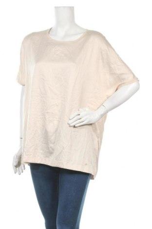 Дамска блуза Brax, Размер XL, Цвят Бежов, Вискоза, Цена 30,35лв.