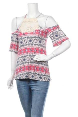 Γυναικεία μπλούζα Charlotte Russe, Μέγεθος XS, Χρώμα Πολύχρωμο, 95% βισκόζη, 5% ελαστάνη, Τιμή 4,87€