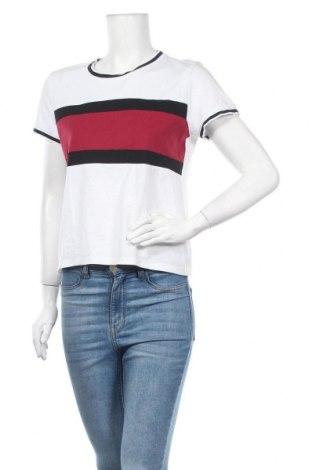 Γυναικεία μπλούζα Fb Sister, Μέγεθος M, Χρώμα Λευκό, Τιμή 9,35€