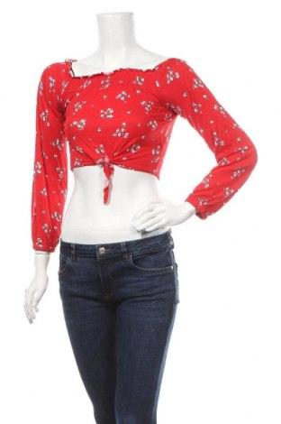 Дамска блуза H&M Divided, Размер XS, Цвят Червен, 95% вискоза, 5% еластан, Цена 17,85лв.