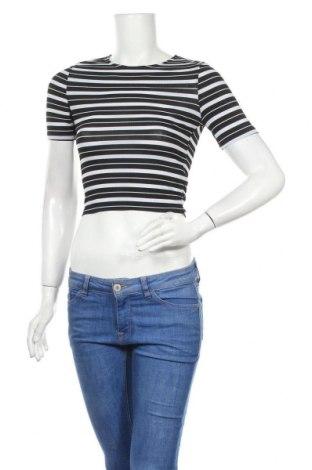 Γυναικεία μπλούζα Jennyfer, Μέγεθος S, Χρώμα Μαύρο, 95% πολυεστέρας, 5% ελαστάνη, Τιμή 12,34€