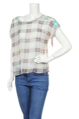 Γυναικεία μπλούζα No Boundaries, Μέγεθος L, Χρώμα Πολύχρωμο, Τιμή 17,54€