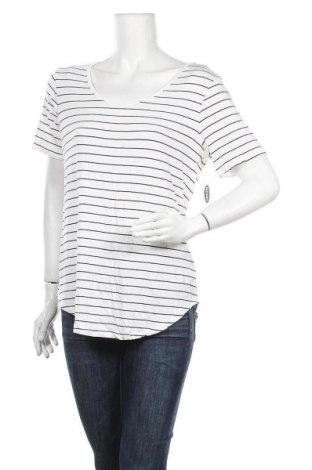 Дамска блуза Old Navy, Размер M, Цвят Бял, 95% вискоза, 5% еластан, Цена 23,10лв.