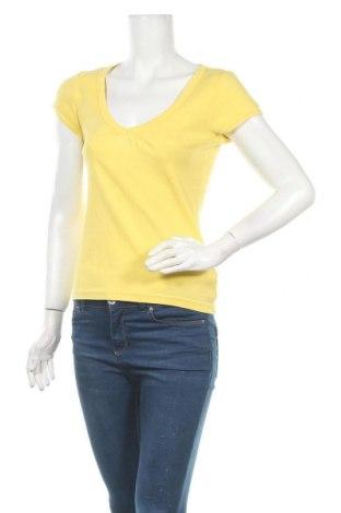 Γυναικεία μπλούζα Q/S by S.Oliver, Μέγεθος M, Χρώμα Κίτρινο, Βαμβάκι, Τιμή 7,73€