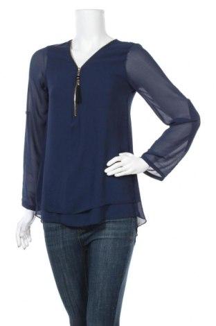 Дамска блуза Today, Размер S, Цвят Син, 50% полиестер, 45% вискоза, 5% еластан, Цена 17,96лв.
