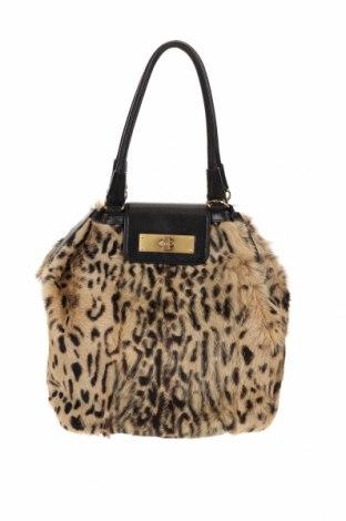 Дамска чанта Escada, Цвят Бежов, Естествен косъм, естествена кожа, Цена 366,66лв.