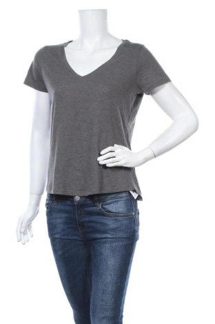 Γυναικείο t-shirt Cotton On, Μέγεθος S, Χρώμα Γκρί, 60% βαμβάκι, 40% πολυεστέρας, Τιμή 8,18€