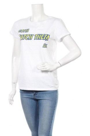 Γυναικείο t-shirt Fb Sister, Μέγεθος XL, Χρώμα Λευκό, Τιμή 8,44€