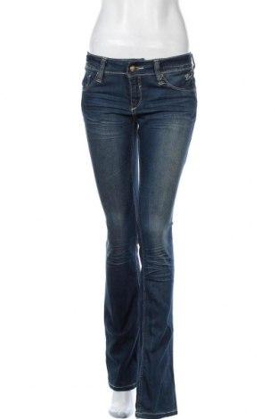Дамски дънки Blend, Размер M, Цвят Син, 76% памук, 24% полиестер, Цена 27,41лв.