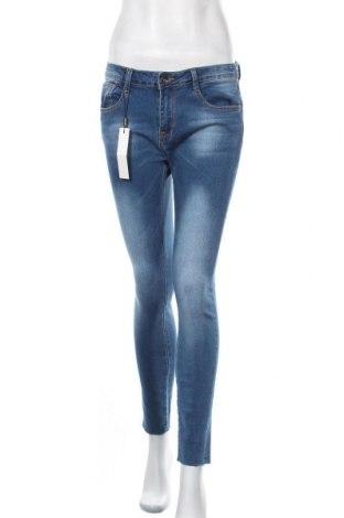 Дамски дънки Chicoree, Размер M, Цвят Син, 74% памук, 24% полиестер, 2% еластан, Цена 47,25лв.