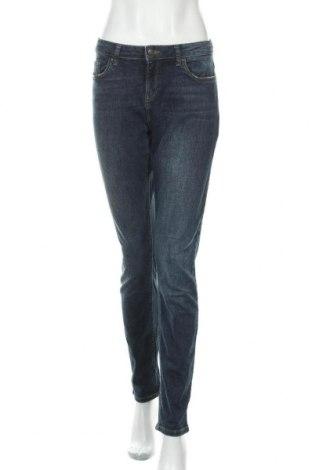 Дамски дънки Esprit, Размер L, Цвят Син, 99% памук, 1% еластан, Цена 21,00лв.