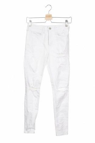 Дамски дънки Hollister, Размер S, Цвят Бял, Цена 19,50лв.
