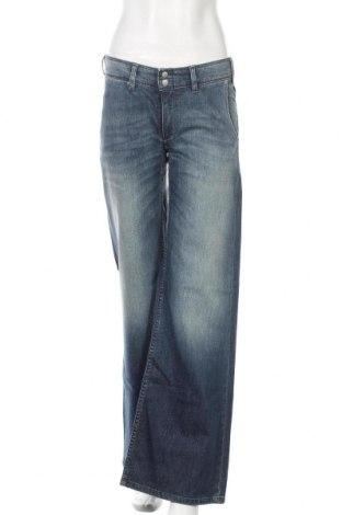 Γυναικείο Τζίν Levi's, Μέγεθος S, Χρώμα Μπλέ, 98% βαμβάκι, 2% ελαστάνη, Τιμή 84,12€