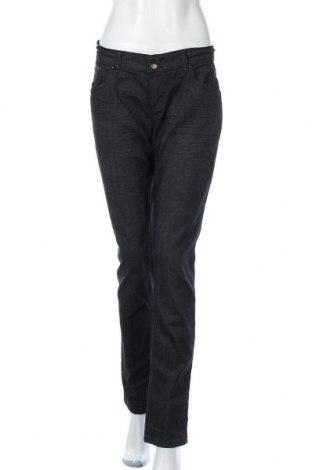 Дамски дънки Okay, Размер L, Цвят Черен, 70% памук, 28% полиестер, 2% еластан, Цена 24,57лв.