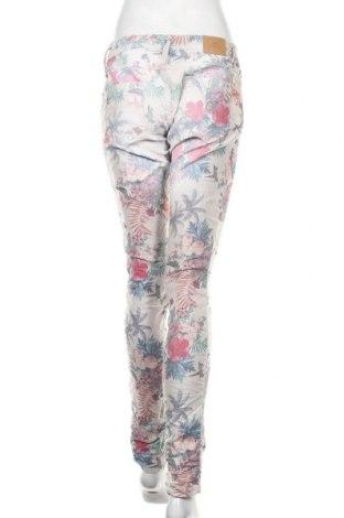 Дамски дънки Please, Размер L, Цвят Многоцветен, 75% памук, 22% полиестер, 3% еластан, Цена 114,92лв.
