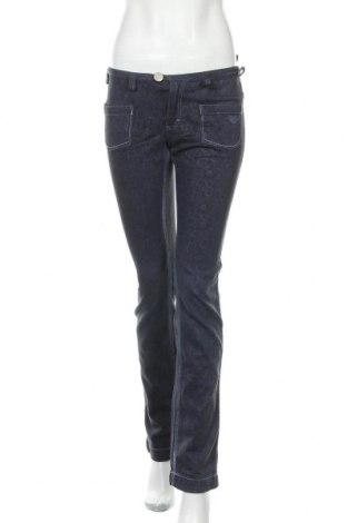Дамски дънки Roxy, Размер S, Цвят Син, 99% памук, 1% еластан, Цена 19,60лв.