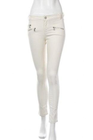 Дамски дънки Zara, Размер S, Цвят Бежов, 74% памук, 24% полиестер, 2% еластан, Цена 8,40лв.