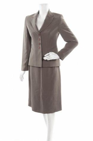 Дамски костюм Gerry Weber, Размер XS, Цвят Зелен, Полиестер, Цена 53,04лв.