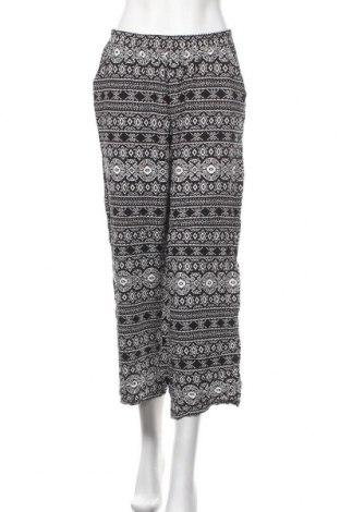 Дамски панталон Chicoree, Размер M, Цвят Черен, Вискоза, Цена 25,20лв.
