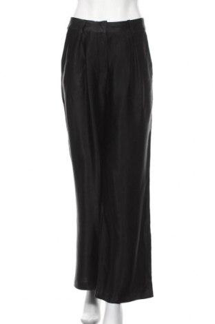 Γυναικείο παντελόνι Just Female, Μέγεθος M, Χρώμα Μαύρο, Βισκόζη, Τιμή 36,44€