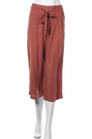 Дамски панталон Zebra, Размер XS, Цвят Червен, Вискоза, Цена 15,70лв.