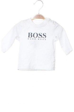 Детска блуза Boss, Размер 3-6m/ 62-68 см, Цвят Бял, Памук, Цена 52,56лв.
