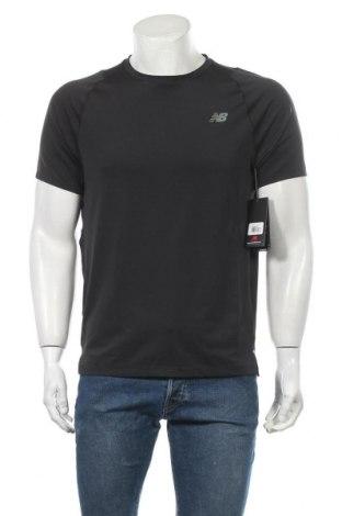 Ανδρικό t-shirt New Balance, Μέγεθος M, Χρώμα Μαύρο, 92% πολυεστέρας, 8% ελαστάνη, Τιμή 16,73€