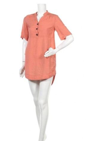 Рокля Vero Moda, Размер S, Цвят Розов, 86% вискоза, 14% полиамид, Цена 26,93лв.
