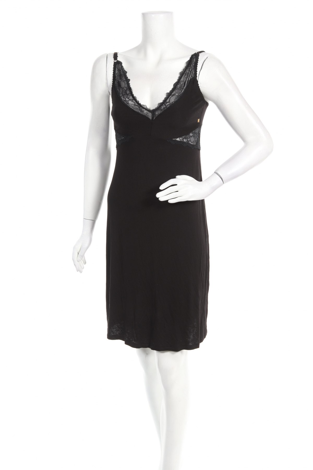 Пижама Biba, Размер XS, Цвят Черен, 96% вискоза, 4% еластан, Цена 27,60лв.