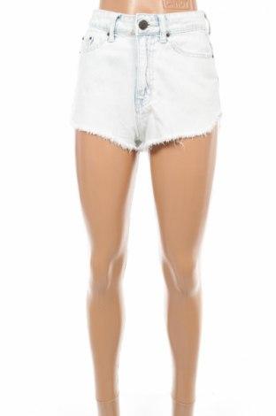 Дамски къс панталон Bdg.