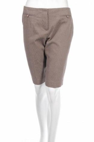Γυναικείο κοντό παντελόνι Trina Turk, Μέγεθος M, Χρώμα  Μπέζ, 77% βαμβάκι, 21% πολυεστέρας, 2% ελαστάνη, Τιμή 9,80€