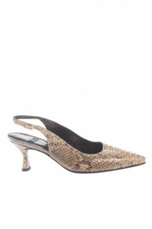 Дамски обувки Stuart Weitzman