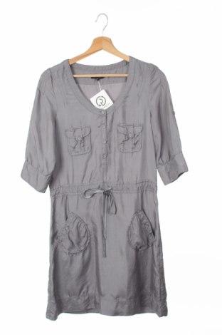 Рокля Essentiel, Размер XS, Цвят Сив, 100% коприна, Цена 44,00лв.