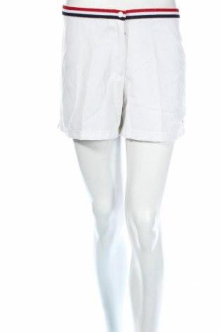 Γυναικείο κοντό παντελόνι Diadora, Μέγεθος L, Χρώμα Λευκό, 65% πολυεστέρας, 35% βαμβάκι, Τιμή 9,74€