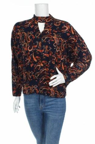 Дамска блуза LCW, Размер L, Цвят Многоцветен, Вискоза, Цена 4,50лв.
