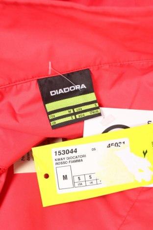 Мъжко яке Diadora, Размер M, Цвят Червен, Полиамид, Цена 26,70лв.