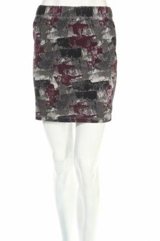 Пола Desires, Размер S, Цвят Многоцветен, 95% памук, 5% еластан, Цена 6,01лв.