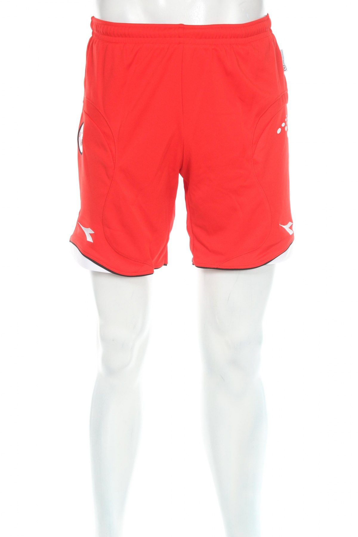 Мъжки къс панталон Diadora, Размер S, Цвят Червен, Полиестер, Цена 29,25лв.