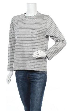 Дамска блуза April 77, Размер XS, Цвят Сив, 95% памук, 5% еластан, Цена 82,95лв.