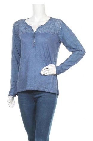 Дамска блуза Colours Of The World, Размер M, Цвят Син, 81% памук, 19% полиамид, Цена 17,85лв.