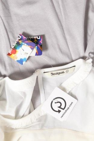 Γυναικεία μπλούζα Desigual, Μέγεθος XL, Χρώμα Πολύχρωμο, 55% lyocell, 27% βαμβάκι, 18% πολυεστέρας, Τιμή 30,54€