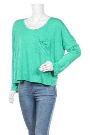 Γυναικεία μπλούζα Express, Μέγεθος L, Χρώμα Πράσινο, 67% μοντάλ, 28% πολυεστέρας, 5% ελαστάνη, Τιμή 16,37€